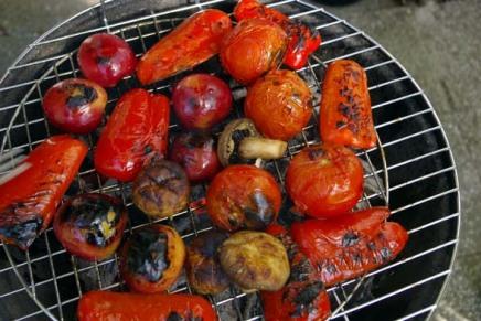 grilli kuumana ja kermakakkukylmänä