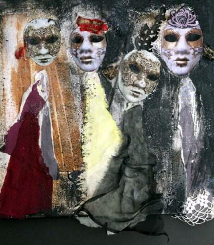 naisen naamio